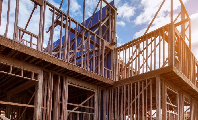 投资者应该知道对于整个房屋建造商来说当前的市场低迷不是2008到09年