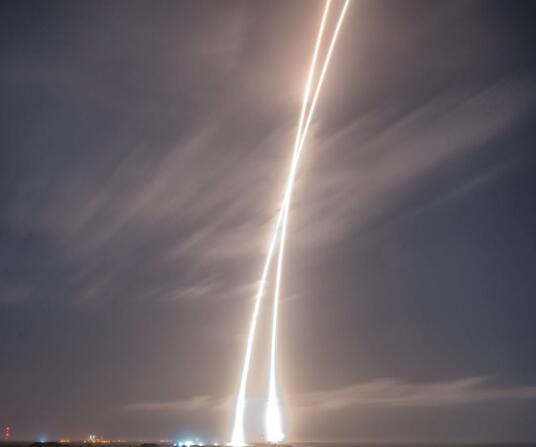 SpaceX真的值10倍于波音和洛克希德马丁公司的太空业务吗