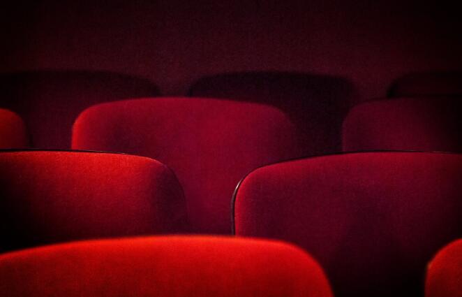 Cinemark的裁员凸显了电影院行业的可怕状况