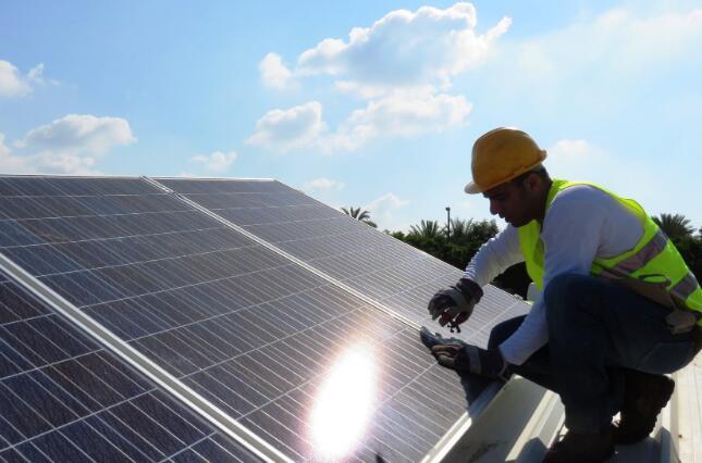 出于需求疲软SunPower暂停了太阳能生产