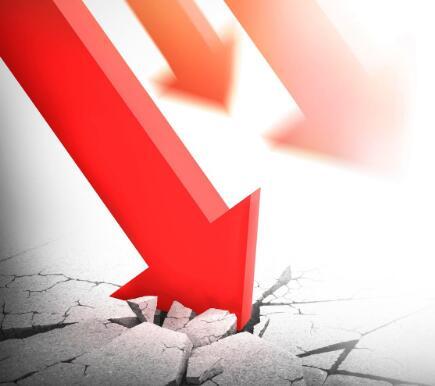 石油价格飞涨油轮库存下降