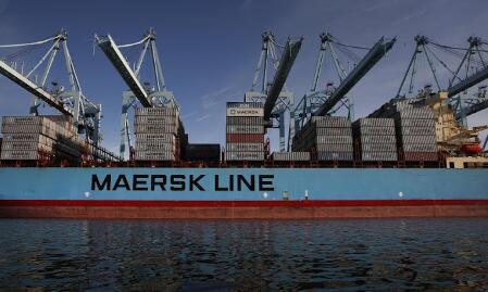 马士基警告全球航运集装箱需求下降