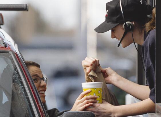 Chipotle飙升派珀·桑德勒将其目标价格定为1100美元
