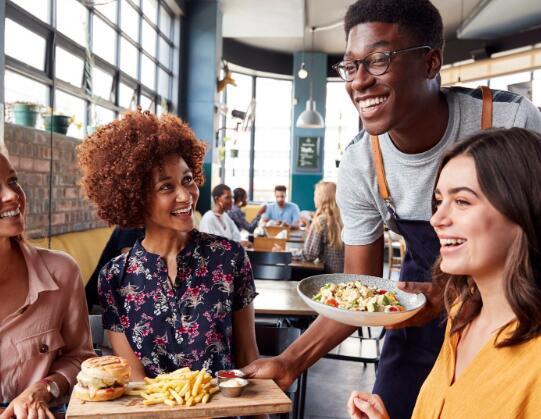 今年夏天四分之一的餐厅可能会破产