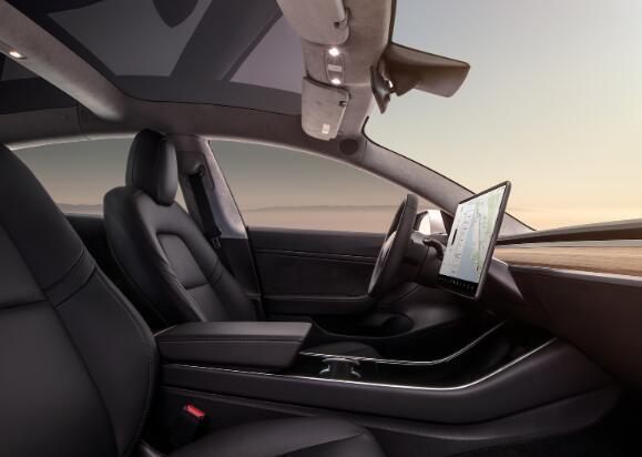 特斯拉将在7月将其完整的自动驾驶软件价格提高至8000美元