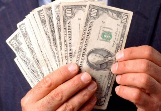 向沃伦·巴菲特学习管理您的资金以开始投资