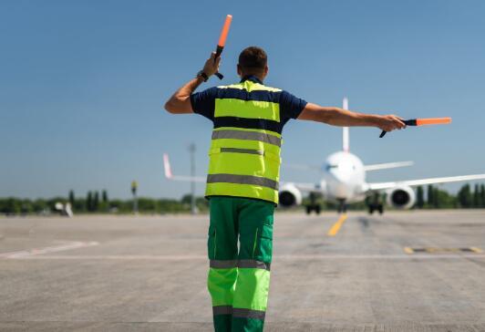 飞机租赁专家已重新安排了计划于2021年和2022年交付的37架飞机