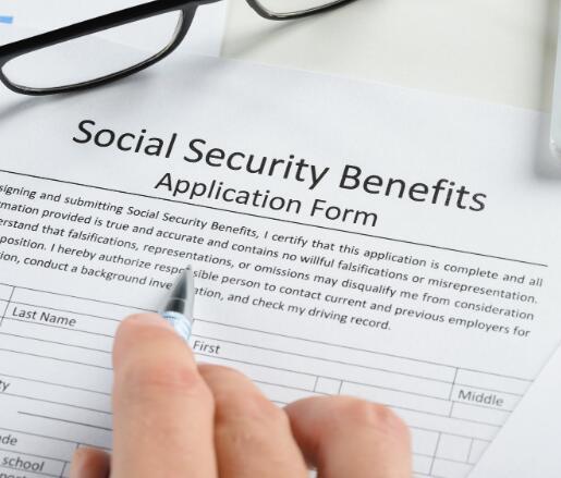 7个国家的社会保障福利比全国平均水平高100美元
