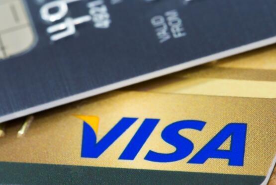 Visa表示美国支出开始回升