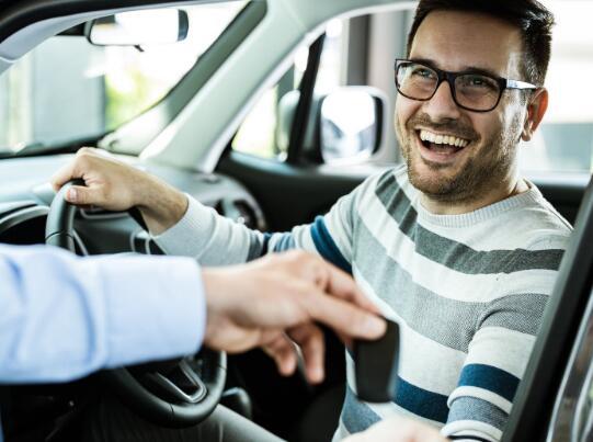 某些汽车销售可能会显示复苏的早期迹象