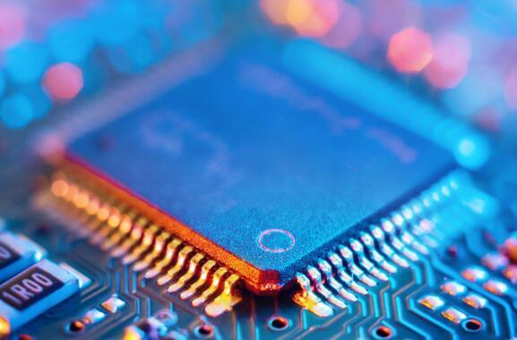 新思科技股价上个月上涨了15.1%