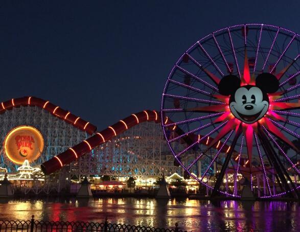 加州迪士尼乐园主题公园计划分阶段重新开放