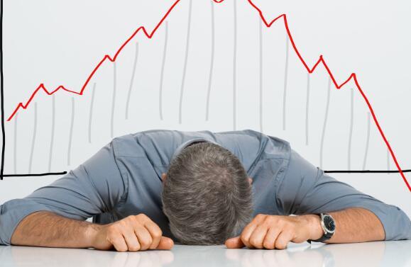 苹果股票跑赢大盘迪士尼股票大跌