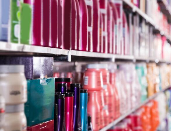 沃尔玛将锁定案例中的多元文化美容产品