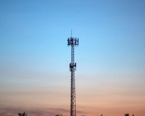 通信塔的独立运营商正驾驭着5G浪潮的顺风