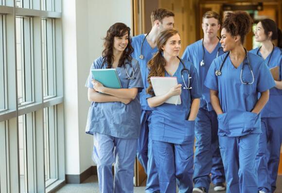 进入医学院的竞争从未如此激烈因此在将目光投向医生职业之前有必要进行一些初步研究