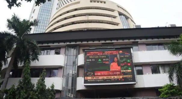印度的小型投资者是最近抢购遭受重创的股票的投资者