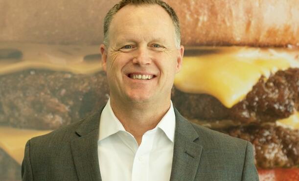总部位于普莱诺的汉堡品牌计划将北德克萨斯州的特许经营网络扩大一倍