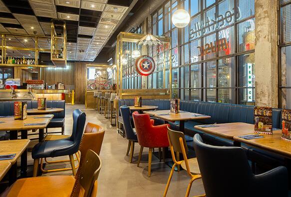 TGI Fridays将在六个地点推出简化菜单的新著名品牌