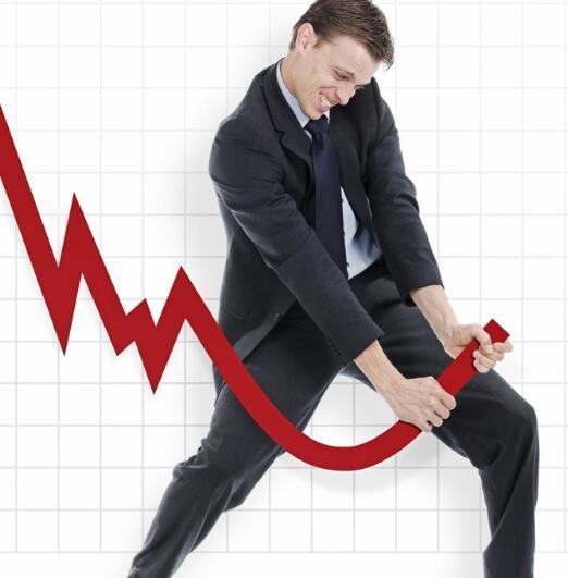 标准普尔500指数回升 石油股上涨银行股下跌