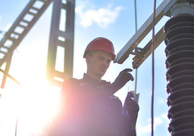 美国最大的公用事业公司之一 杜克能源公司有其优点和缺点。
