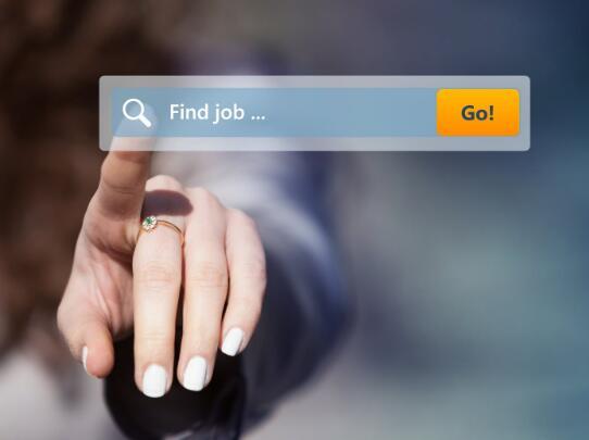 美国过期的失业救济金应优先考虑