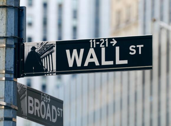 高盛股价因强劲收益而上涨