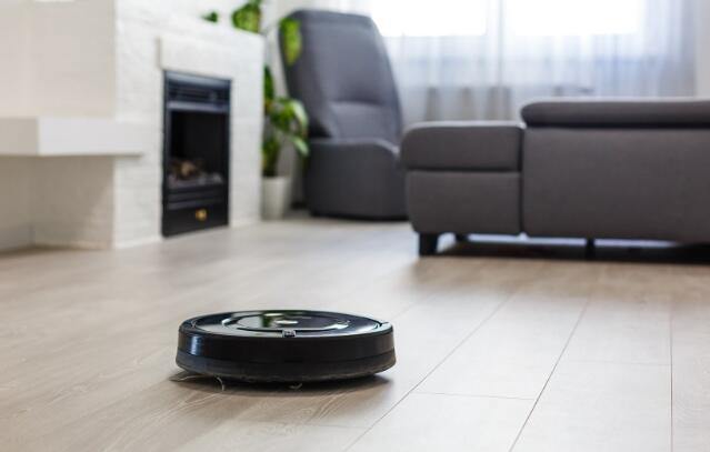 500美元的智能吸尘器帮助iRobot恢复销售增长
