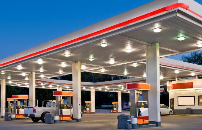 几家加油站便利店的所有者是通过特殊目的收购公司公开上市的最新公司