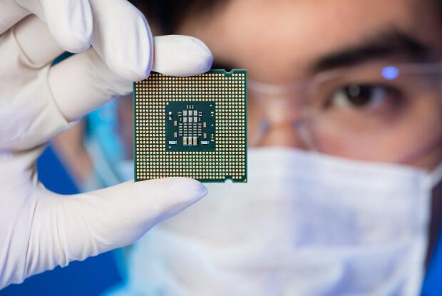 纳斯达克再跌1% 英特尔的痛苦是AMD的收获
