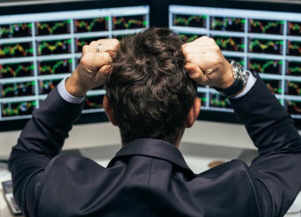 在下一次市场崩盘前购买3股不可阻挡的股票