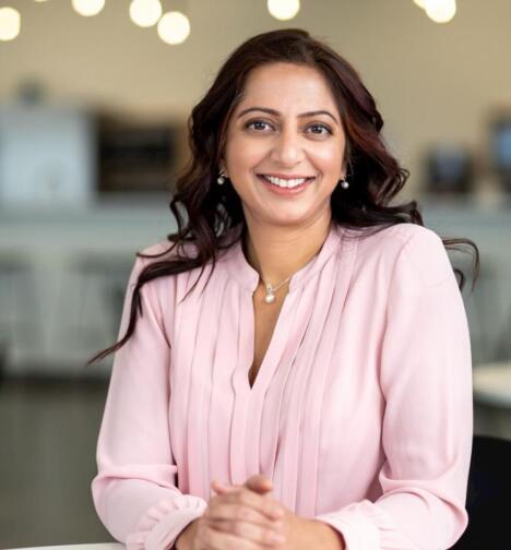 品牌炼金术与科学艺术家的对话Owlet的营销总监Kady Srinivasan