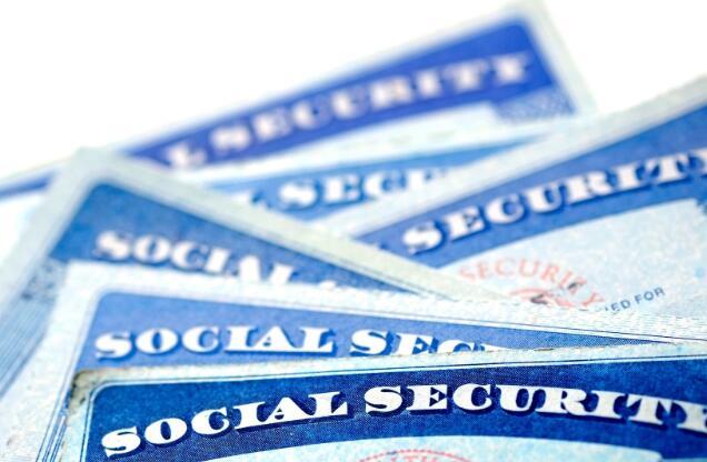 高失业率剥夺了社会保障的重要收入