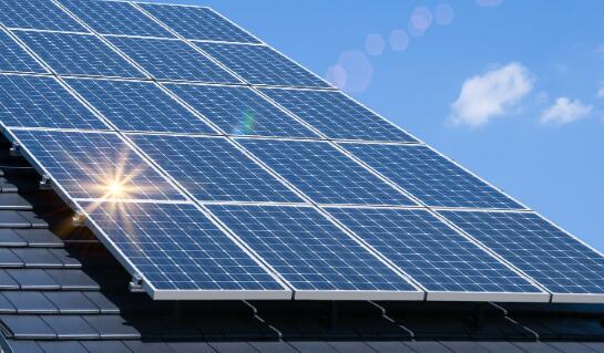 该太阳能供应商的收益显示出一些积极的迹象
