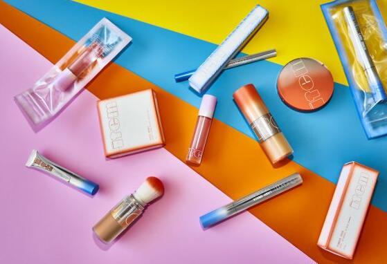 TikTok明星艾迪生·雷的Item Beauty加入Z世代影响者品牌浪潮