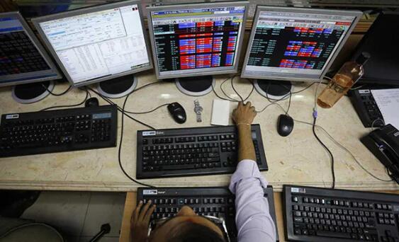 印度央行维持回购利率不变后 Sensex指数飙升超过500点