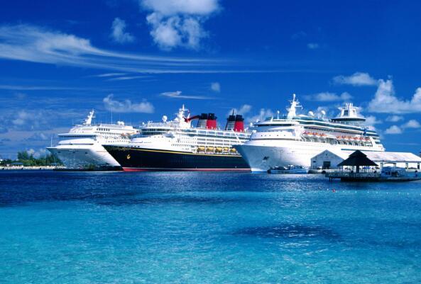 皇家加勒比海与嘉年华和挪威邮轮公司的股票刚刚跳升