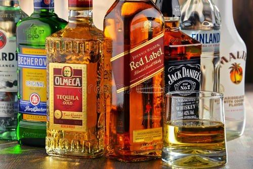 新饮料公司准备为在线交易建立优质品牌组合