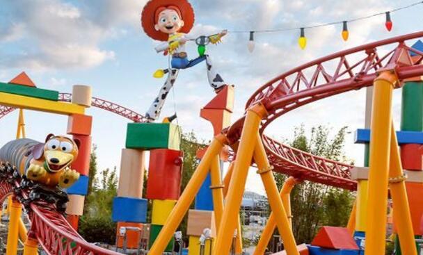 迪士尼世界和奥兰多环球影城有事不对劲