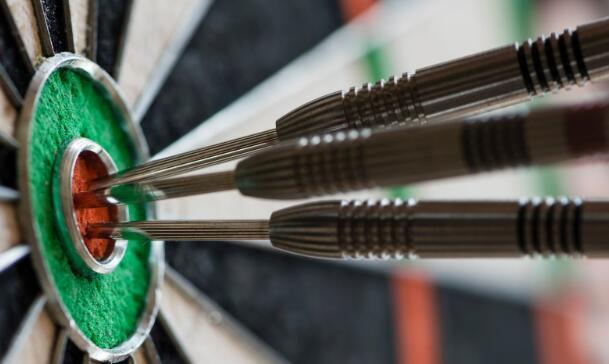 目标公司将股票市场提升到新的记录