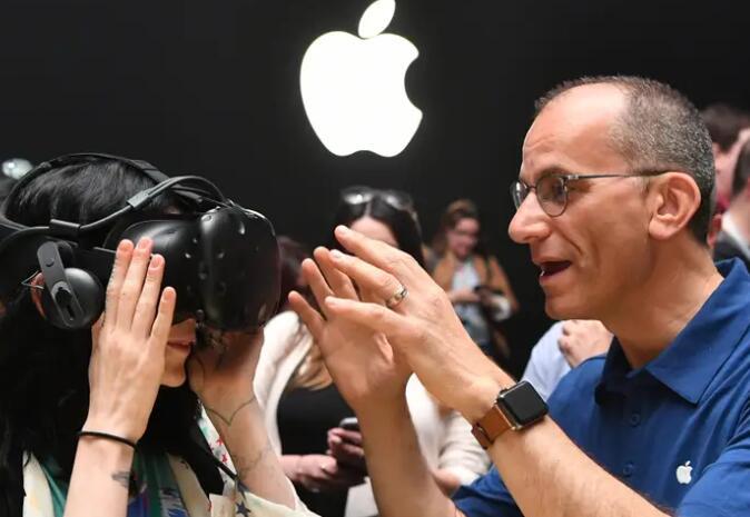 苹果据报道收购了VR初创公司Spaces