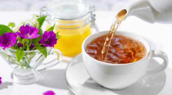 该茶厂报告了第四财季的业绩 并警告即将出现的增长减速