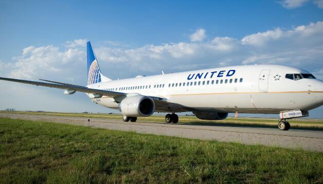 联合航空将在没有新刺激法案的情况下削减多达2850名飞行员