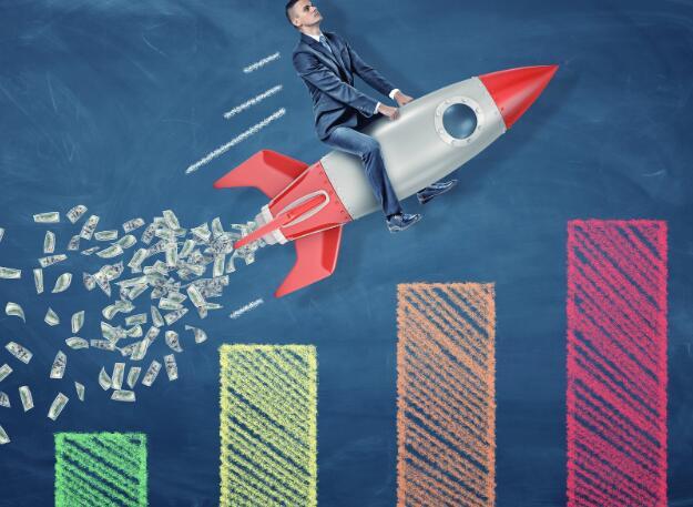 该公司报告第二季度的净利润令人惊讶但销售额仍在下降