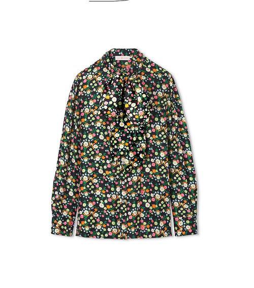 成衣品牌ARAINNA 一次更改一套服装的时尚游戏