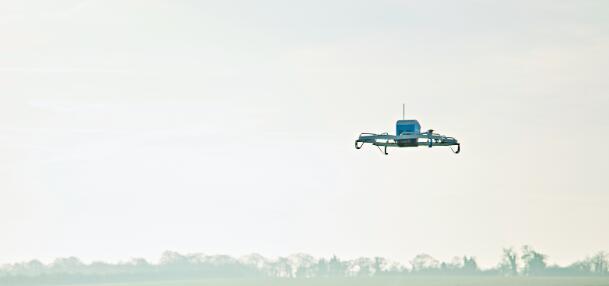 美国联邦航空局批准亚马逊无人机起飞