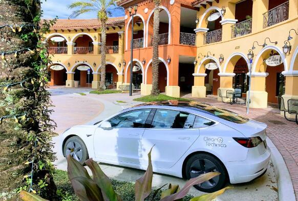 特斯拉汽车即将实现12V电池改进 Elon Musk分享