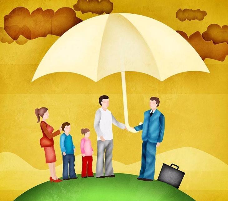 现在年轻人买保险也是为了能够预防以后有病没钱治
