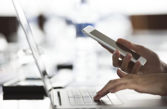 东盟公司敦促利用区域内电子商务交易