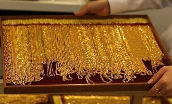 印度国内黄金期货缓解美元上涨 但保持50400卢比